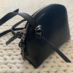 Banana Republic leather crossbody purse